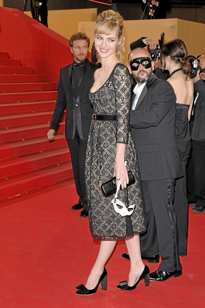 Festival de Cannes 2010 : la robe Louis Vuitton de Louise Bourgoin