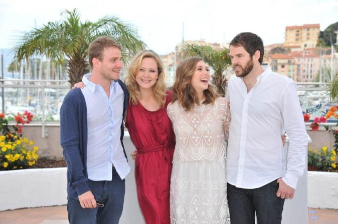 Avec toute l'équipe du film qu'elle défend à Cannes...
