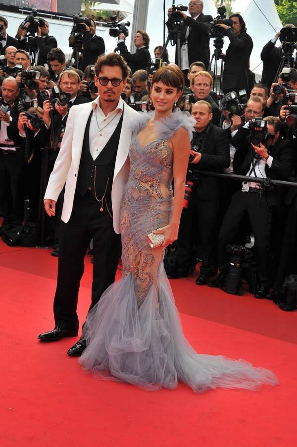 Photos Cannes 2011 Johnny Depp Et Penelope Cruz Magiques Sur Le Tapis Rouge