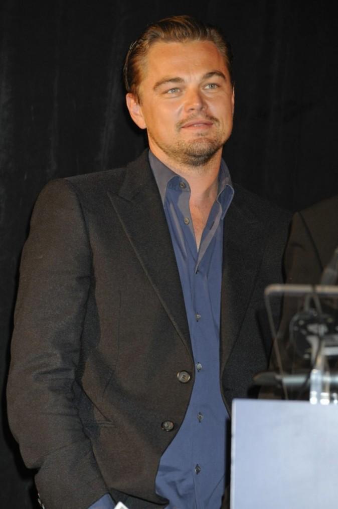 Leonardo DiCaprio version cool pour une soirée de charité !