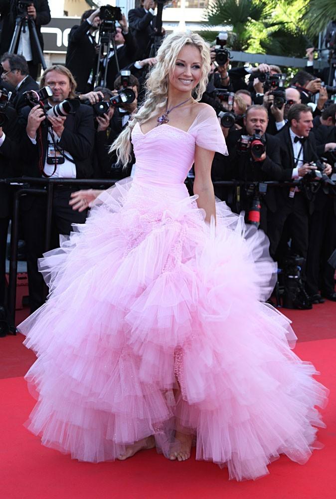 Photos : Cannes 2011 : le traiteur se fait livrer sa guimauve