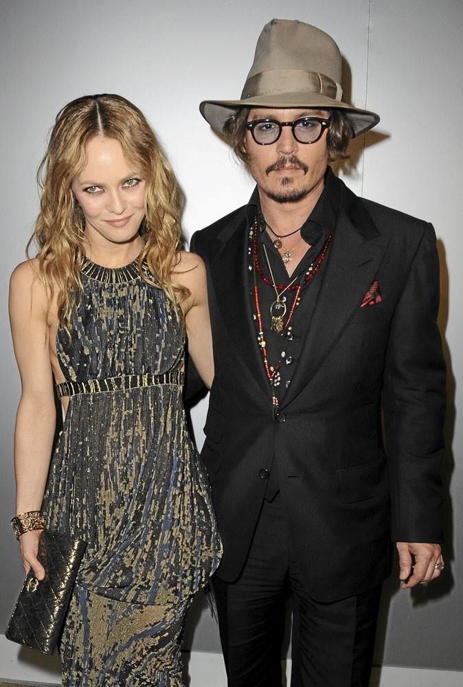 Cannes 2010 : le couple de stars Vanessa Paradis et Johnny Depp, amoureux comme au premier jour