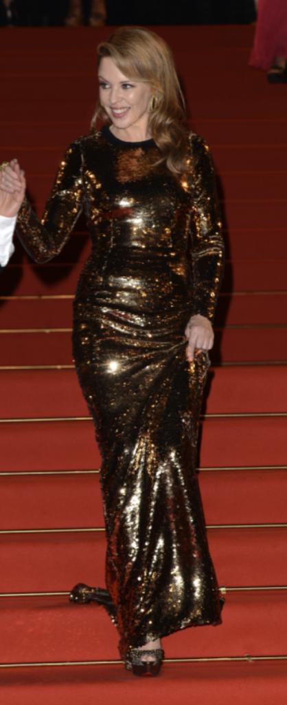 Kylie Minogue en Dolce & Gabbana (mercredi 23 mai)