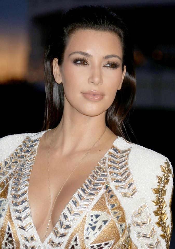 Le wet look de Kim Kardashian