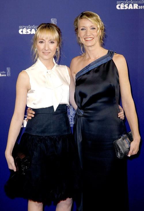 Deux blondes, deux styles !