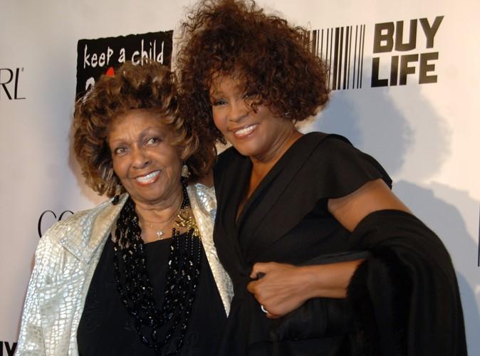Whitney Houston : Cissy Houston opposée à la relation de Bobbi Kristina et son demi-frère…