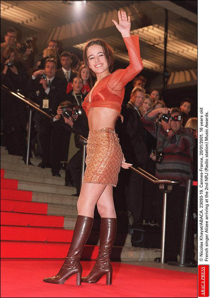 Alizée à ses début  aux NRJ Music Awards à Cannes, janvier 2001