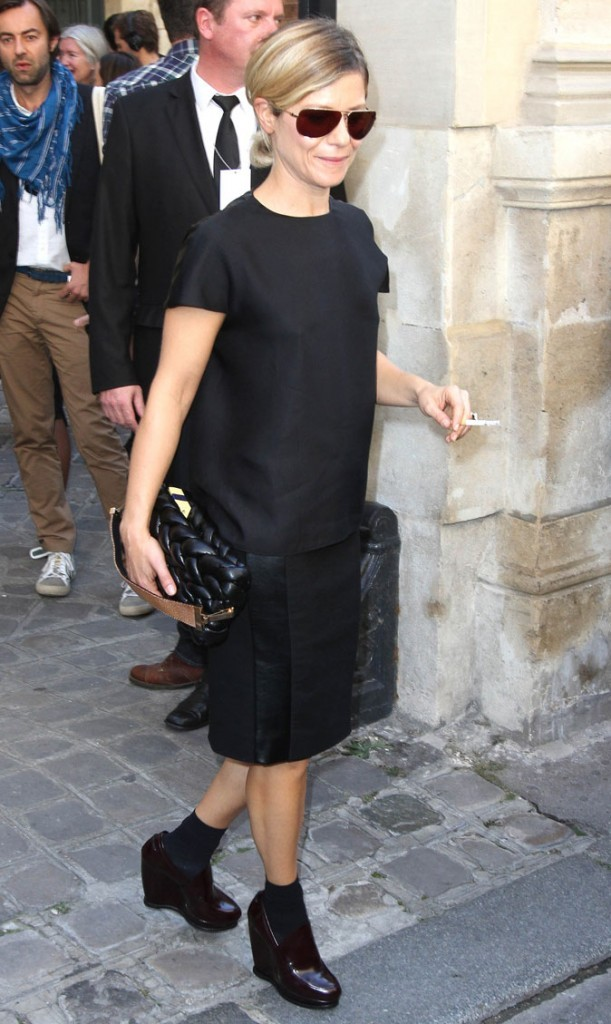 Fashion Week de Paris 2011 : Marina Foïs au défilé Balenciaga !