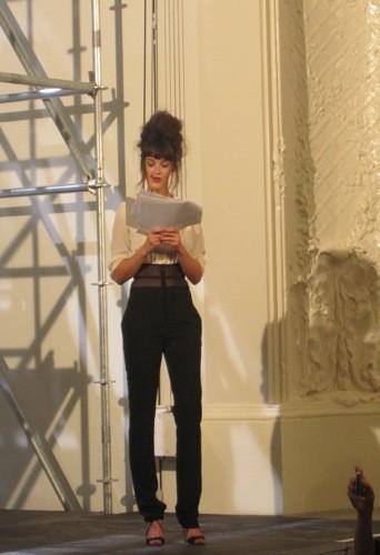 Charlotte LeBon au défilé Jean-Paul Gaultier printemps été 2012