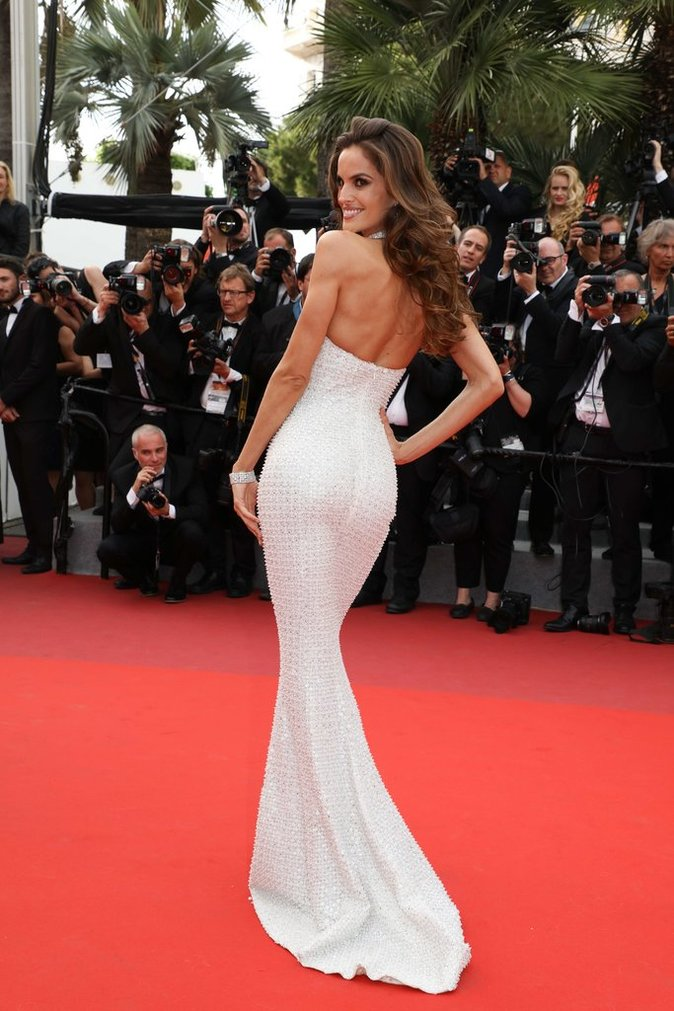 Izabel Goulart en robe Ralph and Russo - Cannes, le 22 mai 2017