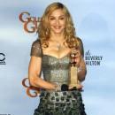 Golden Globes 2012 : Madonna rayonnante et enfin récompensée pour son film...