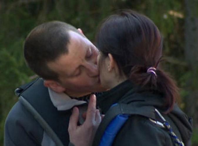 Photos : le bisou de Benoît et Sabrina