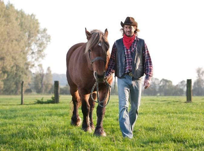Fabien, l'agriculteur célibataire de Meurthe-et-Moselle de l'Amour est dans le pré