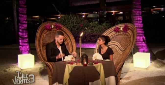 Raph et Laura se font un resto romantique !