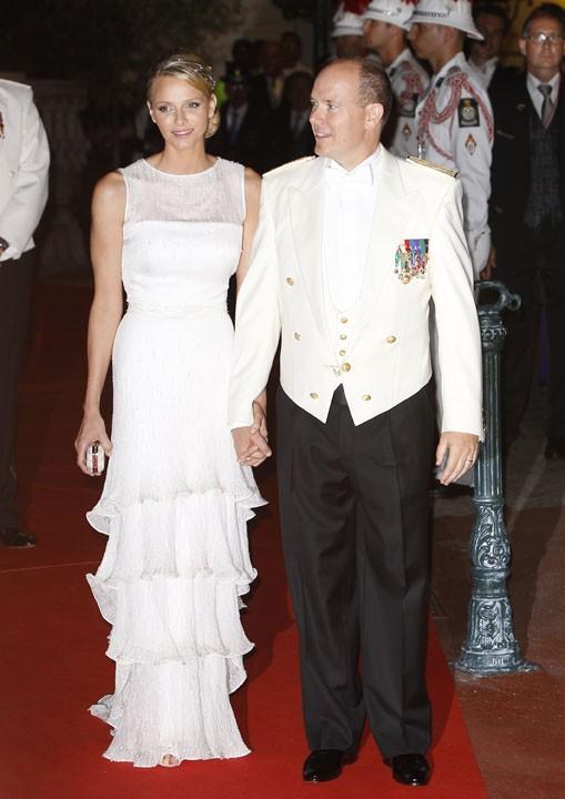 La seconde robe de Charlene était aussi une Armani !
