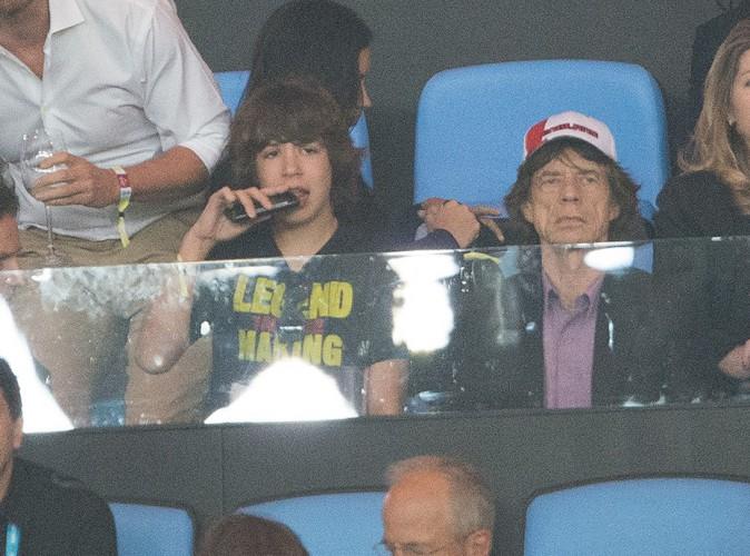 Mick Jagger et son fils Lucas à Rio de Janeiro le 13 juillet 2014