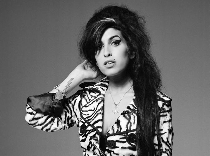 Amy Winehouse : son père pense qu'elle a fait une attaque à cause de la désintoxication…