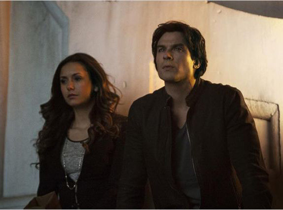 Vampire Diaries : C'est confirm�, Nina Dobrev veut revenir dans la s�rie !