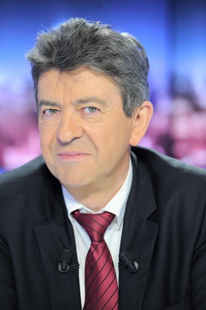Jean-Luc Mélenchon: Les cheveux poivre et sel et complètement incoiffables ! Y'a du boulot !