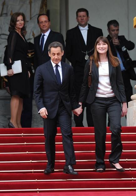 Nicolas Sarkozy et Carla Bruni sont repartis main dans la main