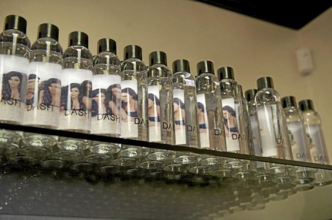 À 10 dollars (soit 8 euros) la bouteille d'eau minérale à l'effigie des Kardashian, ça fait un peu cher la gorgée !