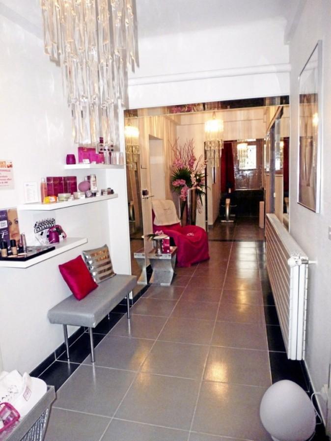 Le vestibule : un tantinet bling-bling, ultra girly, au spa d'Adriana, on mise plus sur une ambiance Sex and the City que sur la zénitude !