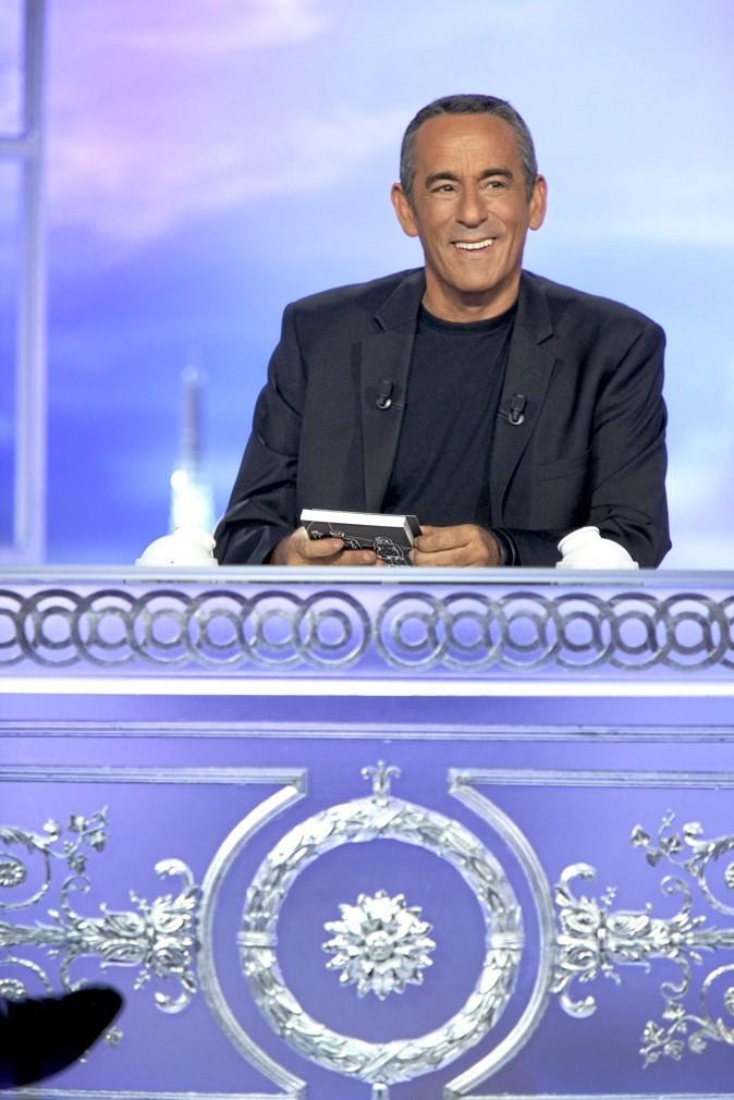 """Thierry Ardisson, présentateur de l'émission """"Salut les terriens"""" !"""