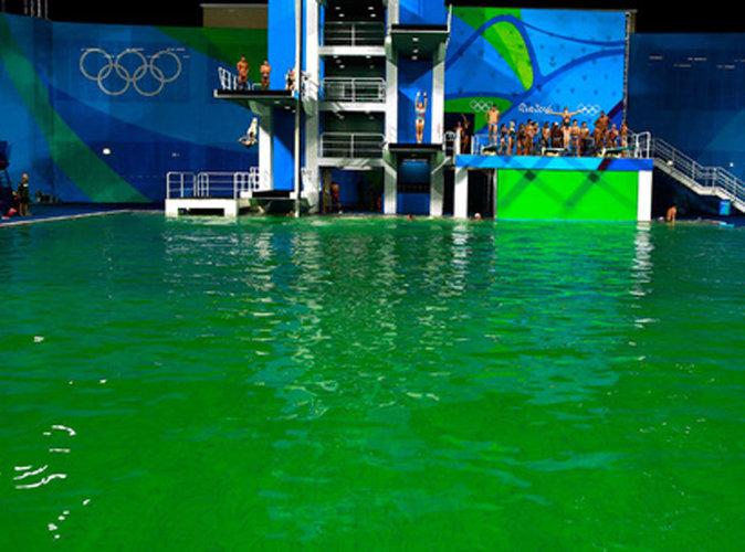 Public buzz la piscine des j o de rio devient for Piscine verte