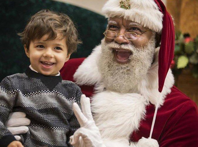 Pour une première, un Noir engagé comme Père Noël