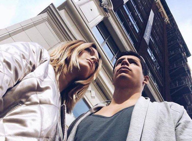 Public Buzz : Photos : Pourquoi la vie de Caroline Receveur et Valentin Lucas passionne les internautes ?