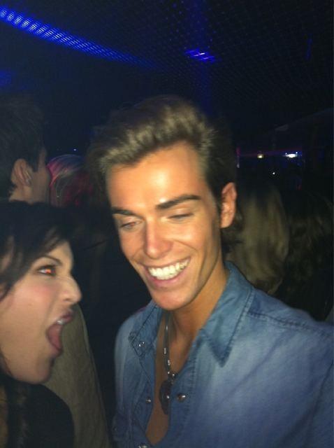 Geoffrey a le sourire, sa chérie a gagné !