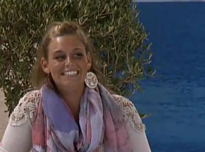 Photos : Aurélie se présente comme une jeune fille belge de 23 ans, habitant à Avignon et en couple avec Geoffrey !