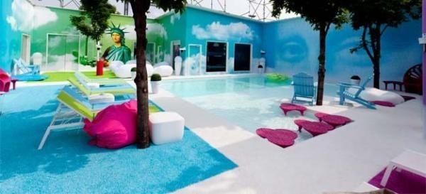 Le jardin et la piscine !