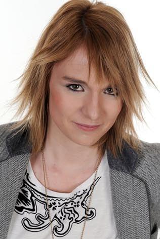Bérénice Schleret : une voix de rockeuse mais l'assurance d'une petite fille !