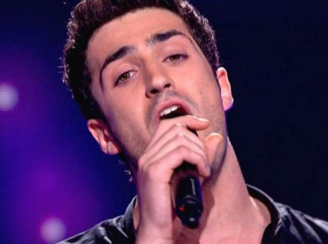 X Factor : Raphaël Herrerias quitte l'aventure, ils ne sont plus que cinq candidats !