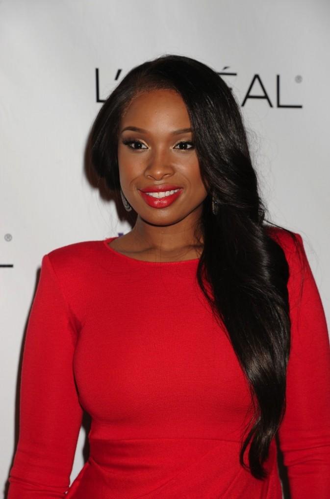 Jennifer Hudson, radieuse vêtue de rouge!