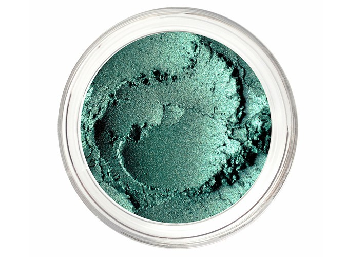 8 – Ombres à paupières Sea Storm et Wild Grape, Noella Beauty, 5,38 €.