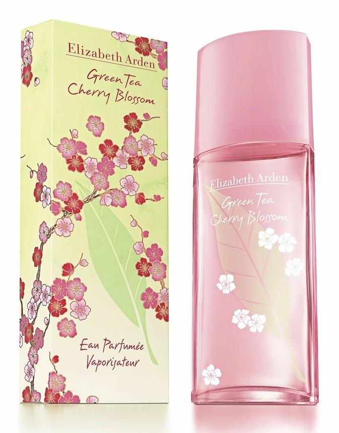 Eau parfumée Green Tea Cherry Blossom, Elizabeth Arden. 29€