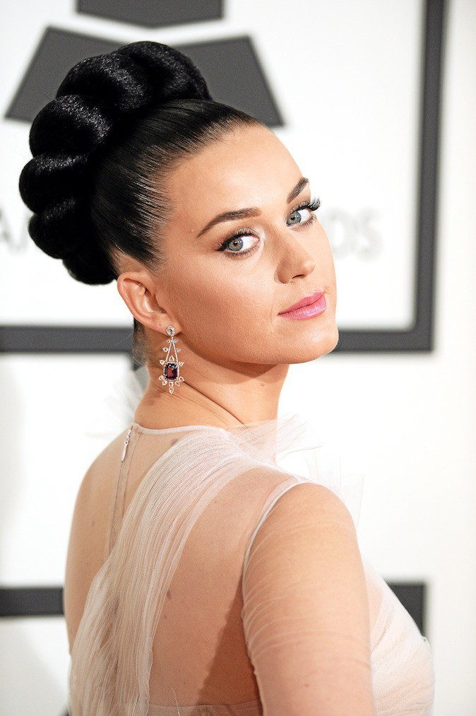 Katy Perry et son make-up girly !