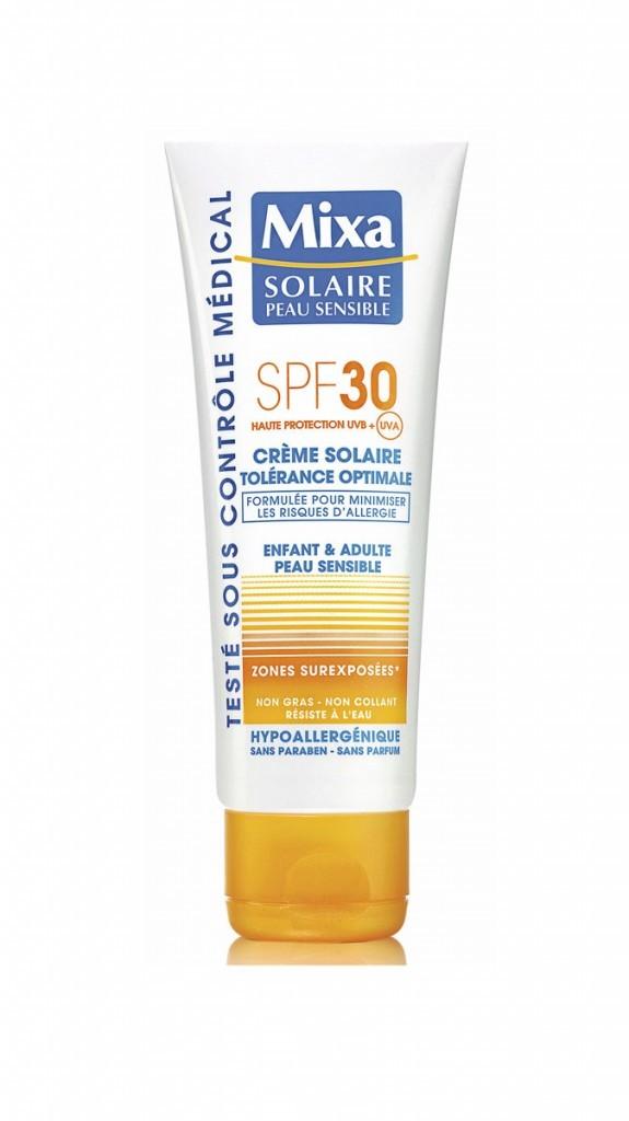 Pour protéger sa peau, la crème solaire Mixa à moins de 10 euros !
