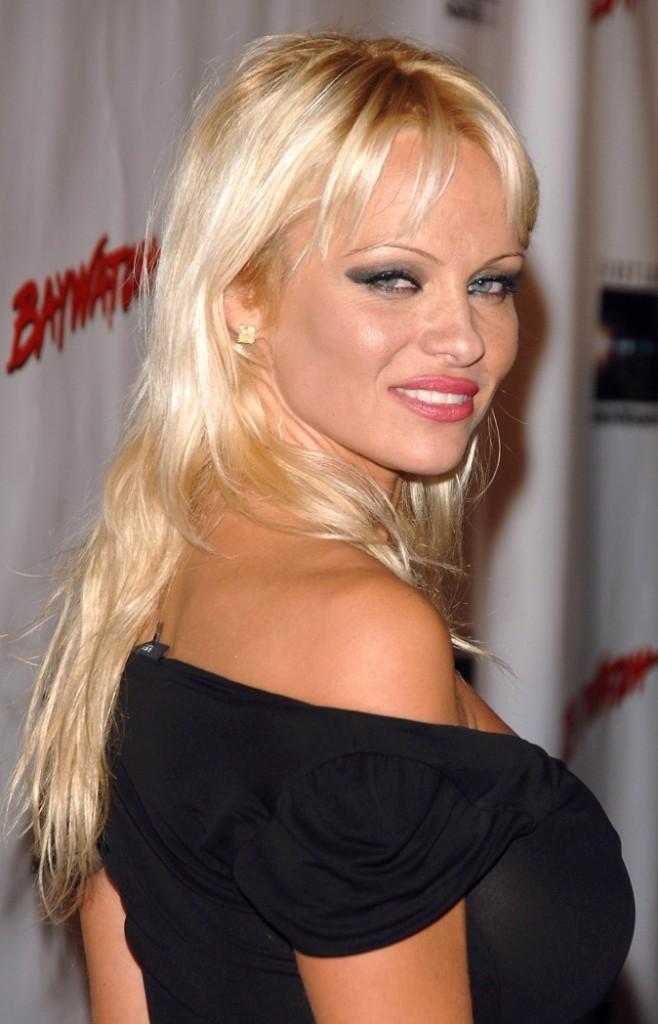 Pamela Anderson la bimbo hollywoodienne !