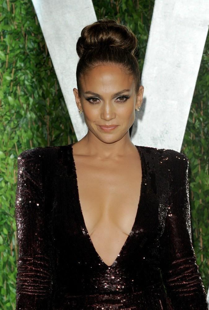 Jennifer Lopez : jamais sans son bun !