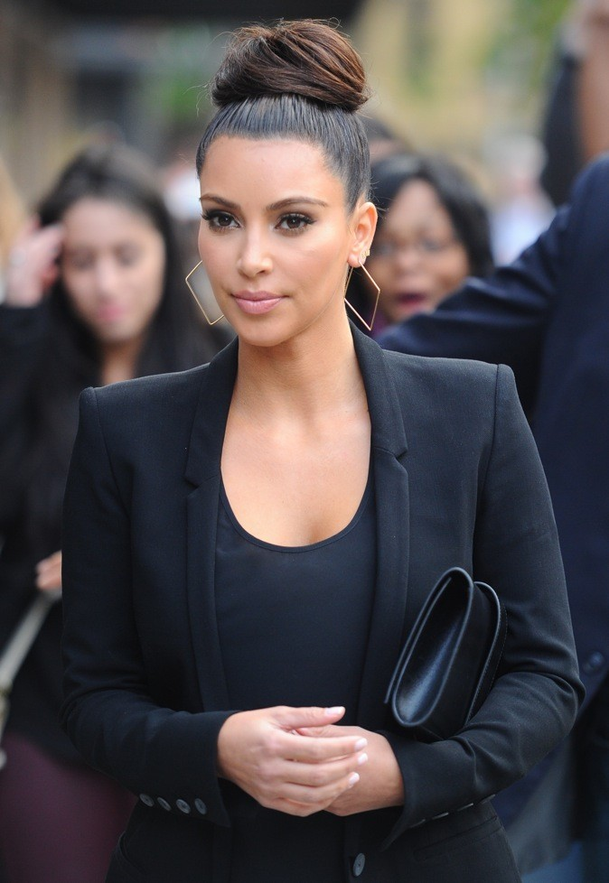 Kim Kardashian et le bun sophistiqué !