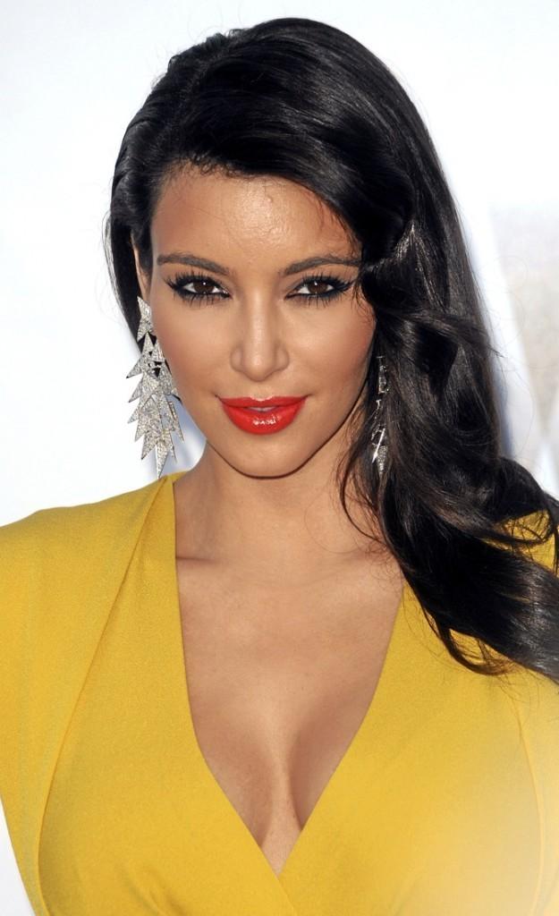 La sulfureuse Kim Kardashian !