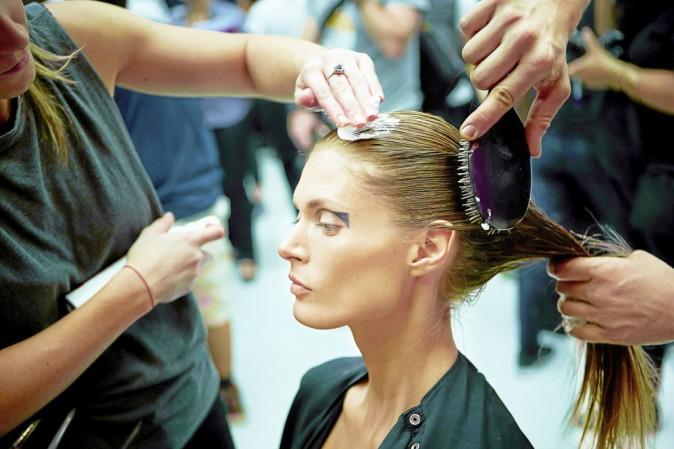 Backstage du déflé Anthony Vaccarello. L'Oréal professionnel.