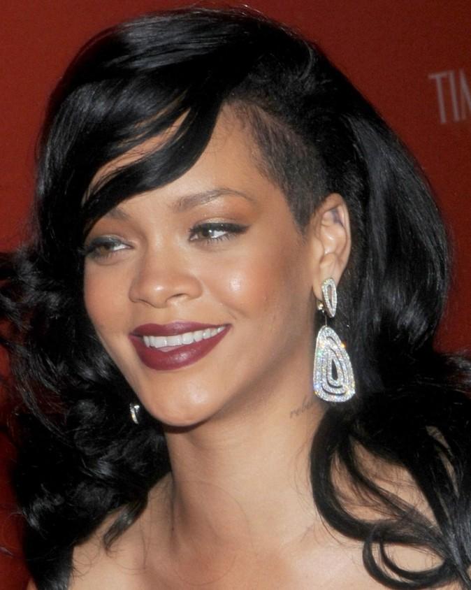 Rihanna, le bouton toujours d'actu!