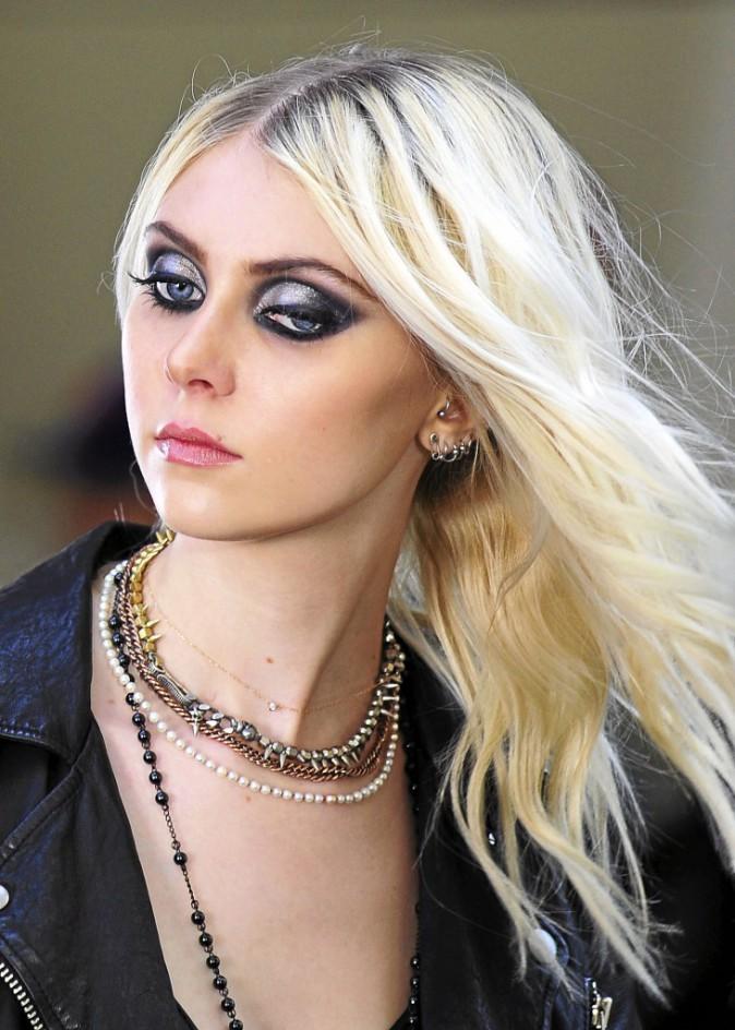 Glitter : Taylor Momsen