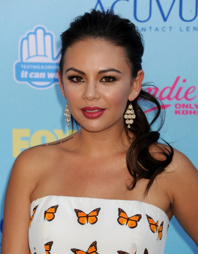 Janel Parrish aux Teen Choice Awards 2013 !