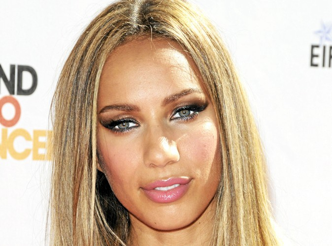beaut une belle peau m tisse comme leona lewis. Black Bedroom Furniture Sets. Home Design Ideas