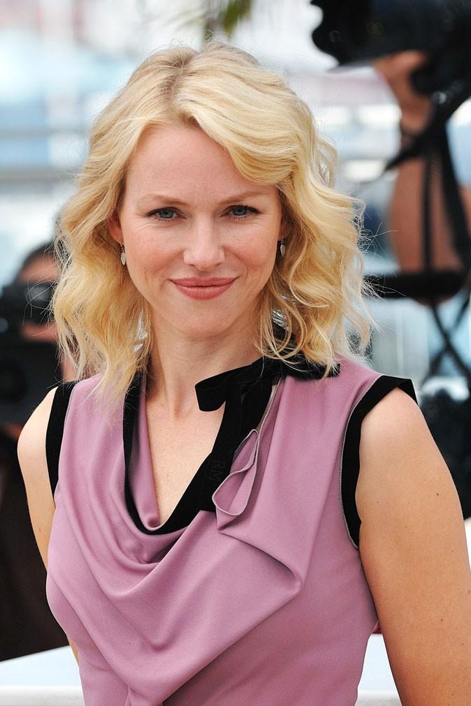 Festival de Cannes 2011 : la coiffure cheveux wavy de Naomi Watts en 2010 !